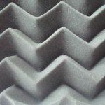 Modelo em ondas de espuma acústica